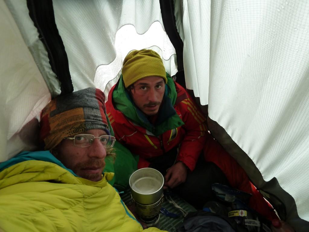 Archivio Matteo Bernasconi-Ragni Lecco-Patagonia 2011-2012-TORRE EGGER (217)