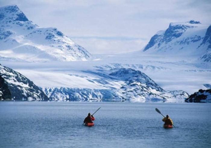 con il kayak nei fiordi