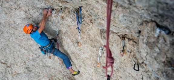 Matteo Piccardi sale in libera la Castagna Alta ai Magnaghi