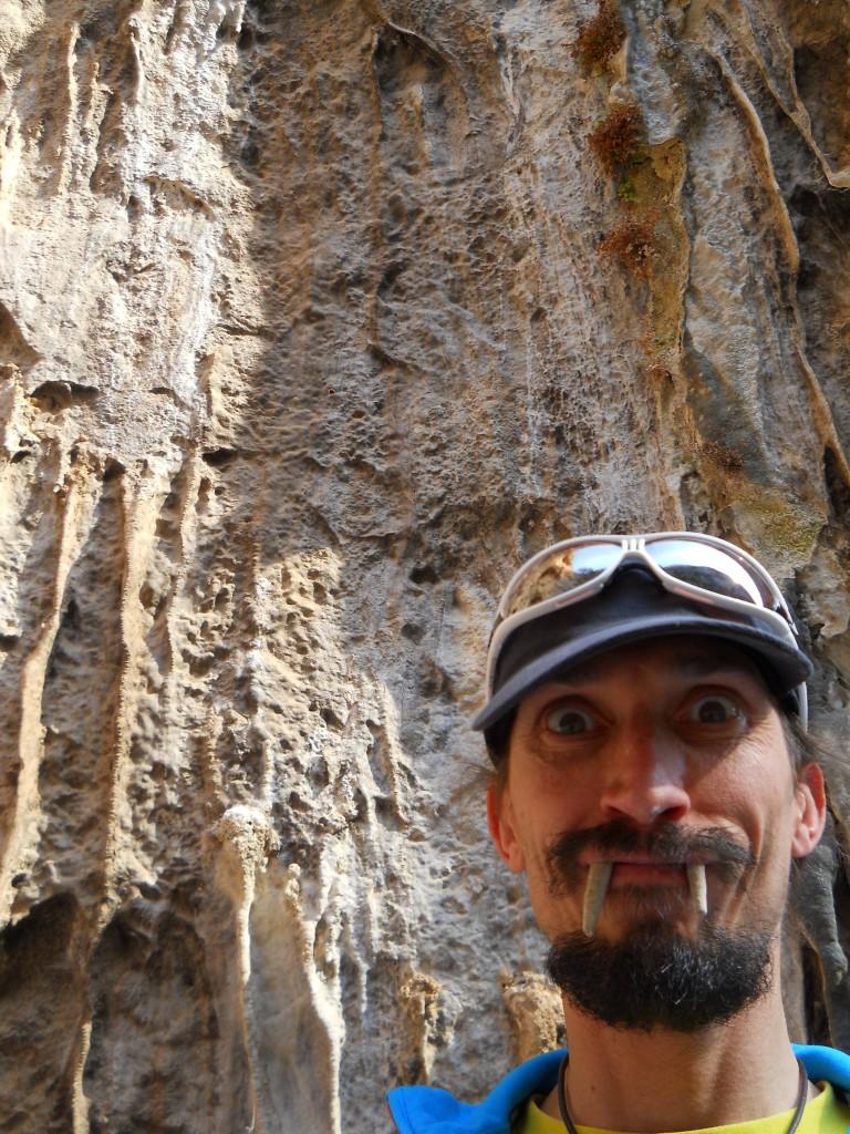 Vampiri assetati di roccia si aggirano fra le pareti elleniche...