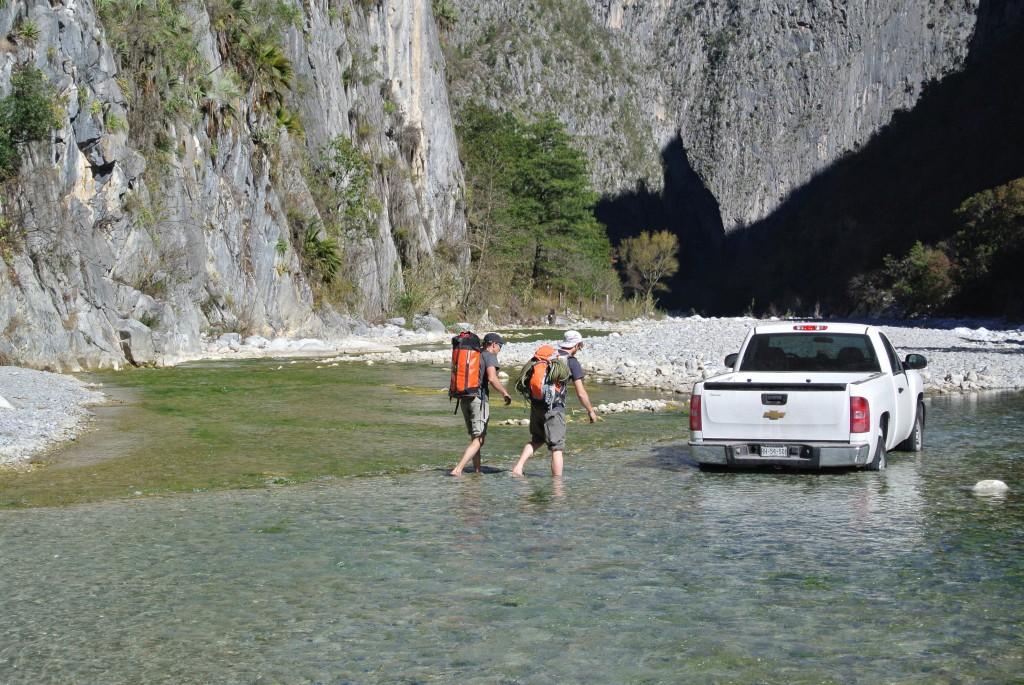 Avvicinamento acquatico a El Salto