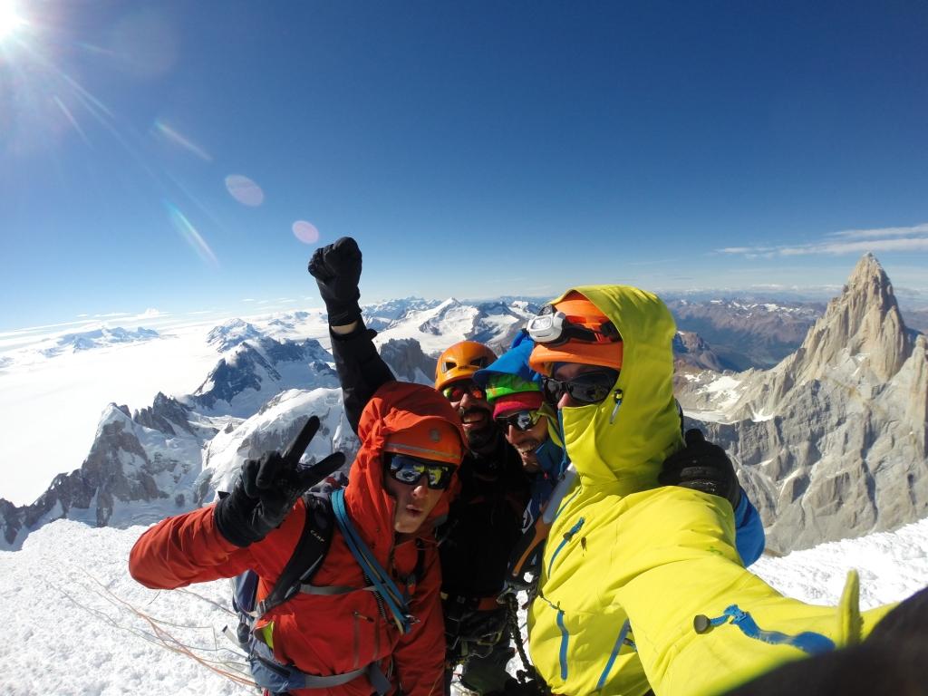 Giovedì 19 febbraio ore 5, in cima al Cerro Torre