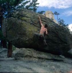 Bouldering nei Needles - California
