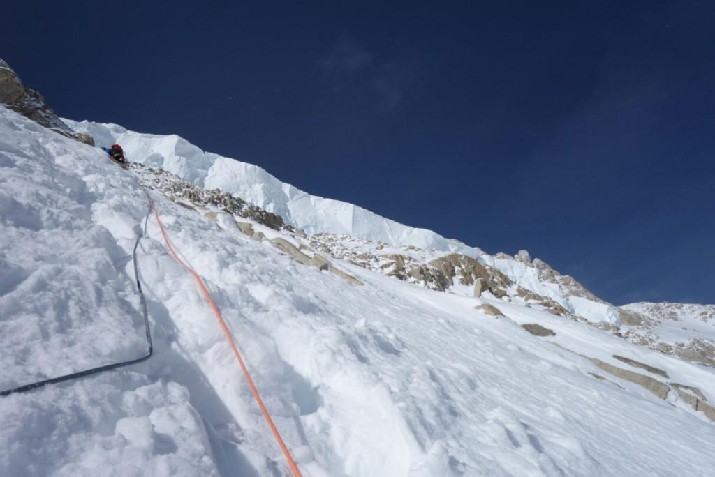 """Neve, ghiaccio ripido e roccia, lil Denali offre tutte le """"delizie"""" del terreno tecnico d'alta quota"""