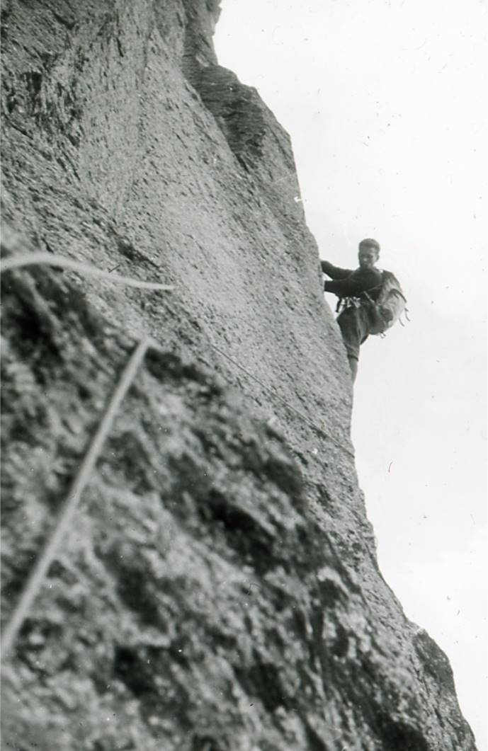 Romano Perego in apertura al Becco di Valsoera (Foto archivio Andrea Mellano)